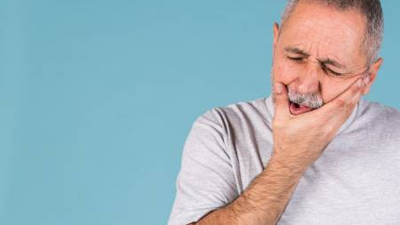 הסתגלות לשיניים תותבות